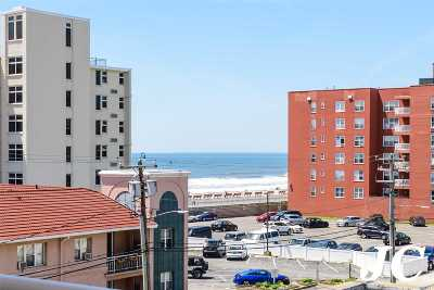 Long Beach NY Co-op For Sale: $309,000