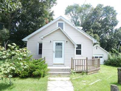Rocky Point Single Family Home For Sale: 39 Odin Rd