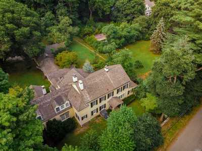 Huntington Single Family Home For Sale: 78 Mannetto Hill Rd