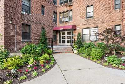 Flushing Co-op For Sale: 142-21 26th Ave #1D