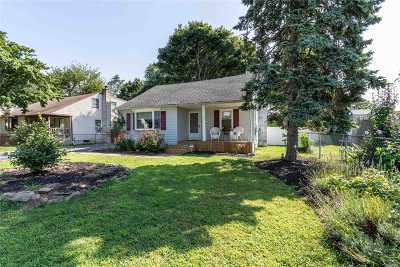 N. Babylon Single Family Home For Sale: 9 Rhoda Ave