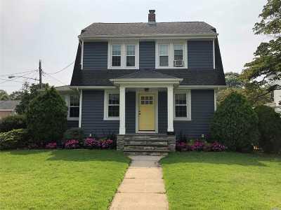 Rockville Centre Single Family Home For Sale: 150 Cedar Ave