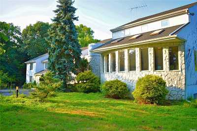 Syosset Single Family Home For Sale: 2174 Route 106