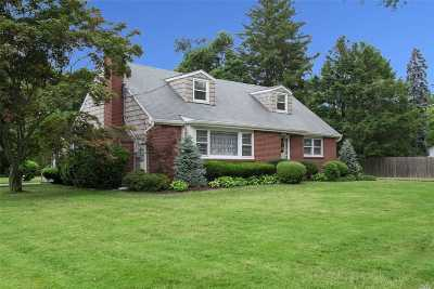 Greenlawn Single Family Home For Sale: 37 E Maple Rd