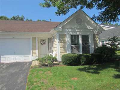 Ridge Condo/Townhouse For Sale: 207 Glen Dr