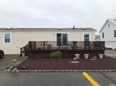 Montauk Single Family Home For Sale: 100 Deforest Rd