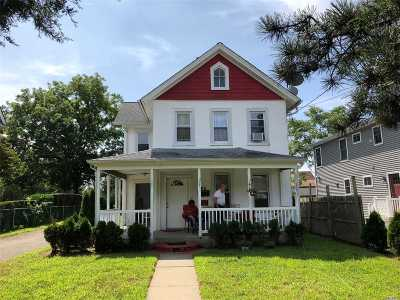 Freeport Multi Family Home For Sale: 45 Raynor St