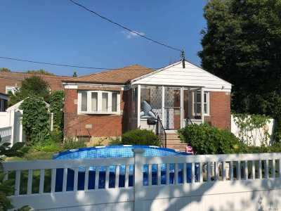 Bayside Single Family Home For Sale: 39-21 Clearview Expy