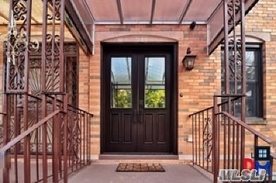 Brooklyn Multi Family Home For Sale: 1058 Lafayette Ave