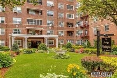 Forest Hills NY Co-op For Sale: $359,000
