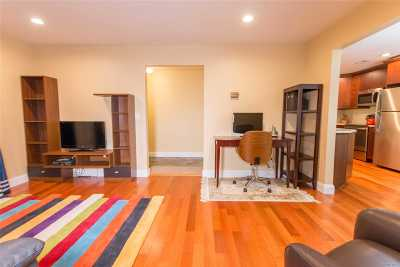 Coram Condo/Townhouse For Sale: 849 Skyline Dr