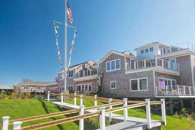 Hampton Bays Condo/Townhouse For Sale: 68 Foster Ave #14