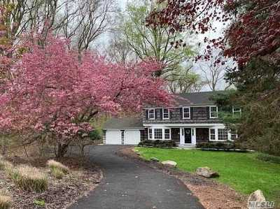 Port Jefferson Single Family Home For Sale: 136 Foxdale Ln