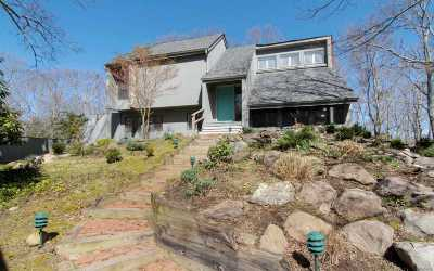 East Hampton Single Family Home For Sale: 479 Hands Creek Rd