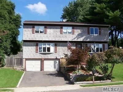 Farmingville Single Family Home For Sale: 53 Oceanview Ave