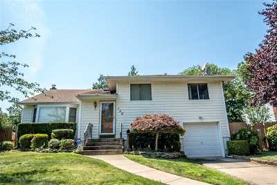 Deer Park Single Family Home For Sale: 156 W 14th St