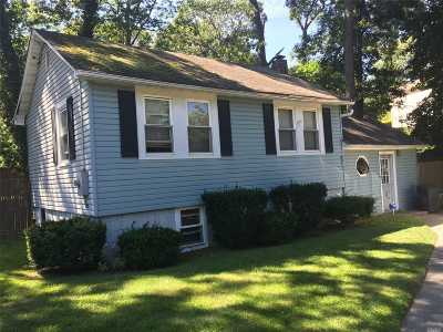 Rocky Point Single Family Home For Sale: 240 Broadway