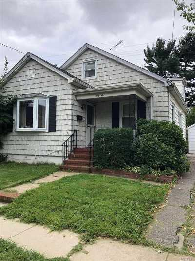 Floral Park Single Family Home For Sale: 66 Stewart St
