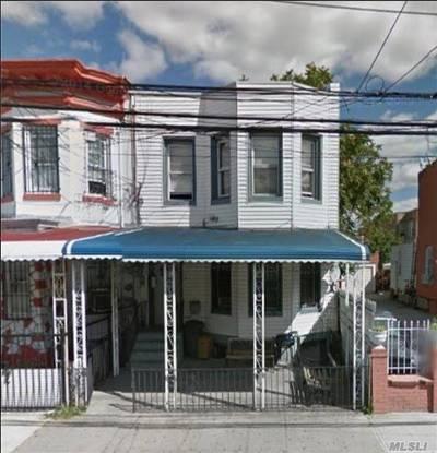 Corona Single Family Home For Sale: 33-31 104th St
