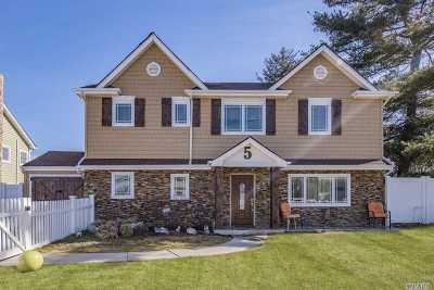Massapequa Single Family Home For Sale: 5 Dover Rd