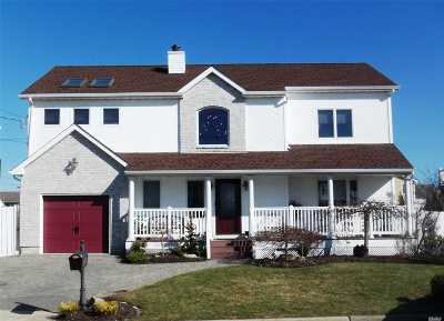 Seaford Single Family Home For Sale: 2887 Shore Rd