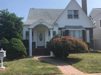 N. Bellmore Single Family Home For Sale: 1877 New York Ave