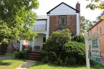 Jamaica Estates Single Family Home For Sale: 81-15 189th St