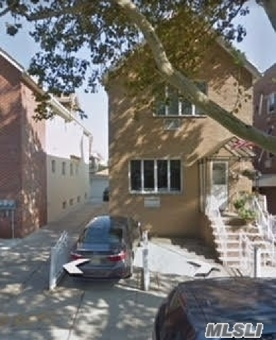 Brooklyn Multi Family Home For Sale: 147 Bay 32 St