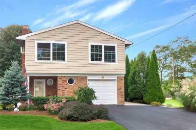 Medford Single Family Home For Sale: 156 Maple St