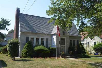 Baldwin NY Single Family Home For Sale: $425,000