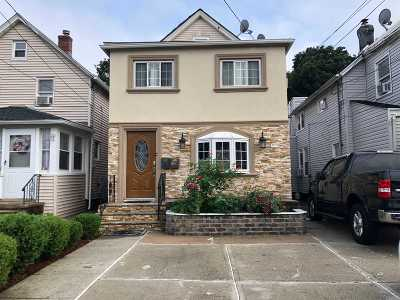 Hempstead Multi Family Home For Sale: 30 Thorne Ave