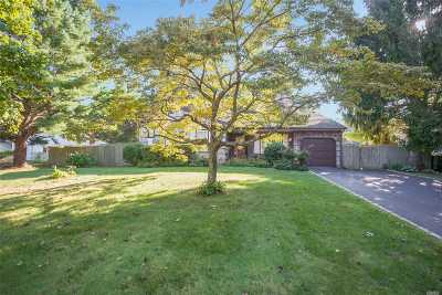 Medford Single Family Home For Sale: 18 Timber Trail Ln