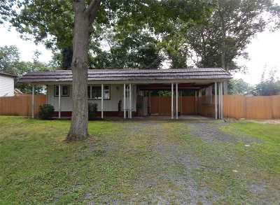 Sound Beach Single Family Home For Sale: 32 Richmond Hill Rd