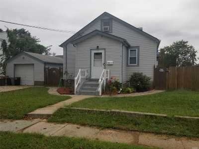 W. Babylon Single Family Home For Sale: 311 Herzel Blvd
