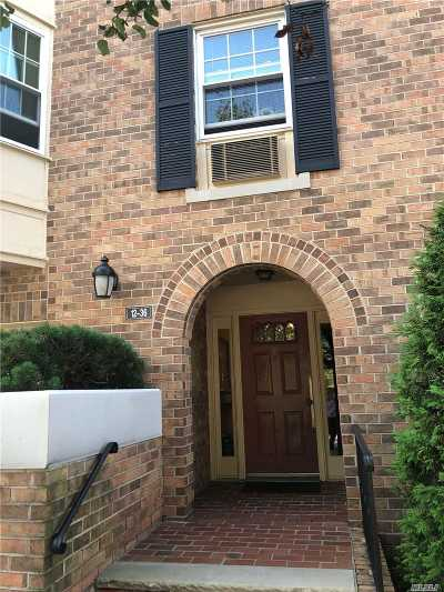 Bayside Condo/Townhouse For Sale: 12-36 Diane Pl #206 U