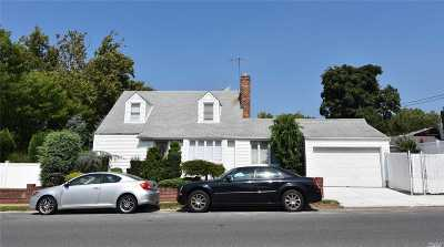 Bayside Single Family Home For Sale: 205-05 26 Ave