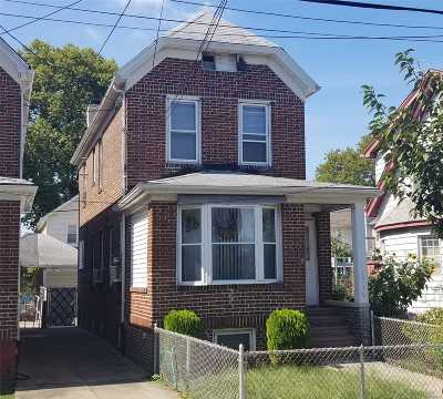 Brooklyn Single Family Home For Sale: 1718 Hendrickson St