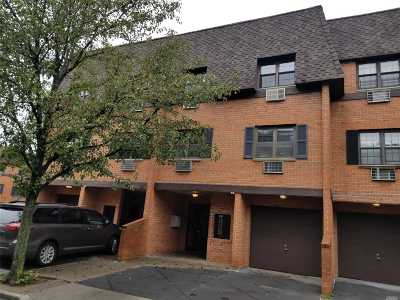 Bayside Condo/Townhouse For Sale: 219-43 67th Ave #3