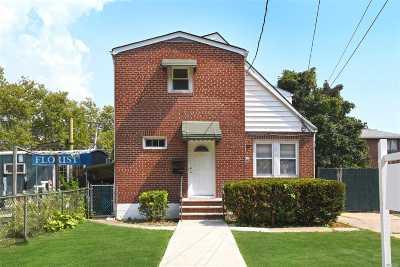 Fresh Meadows Multi Family Home For Sale: 59-05 Fresh Meadow Ln