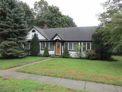 Hampton Bays Single Family Home For Sale: 20 Fanning Ave