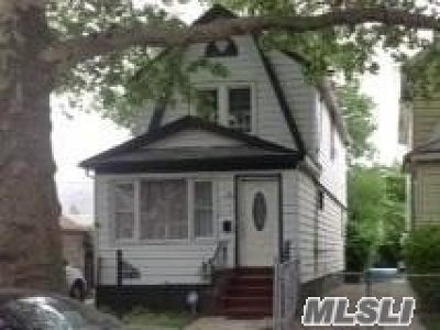Queens County Single Family Home For Sale: 117-24 199 St
