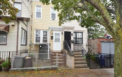 Single Family Home For Sale: 20-14 42nd St