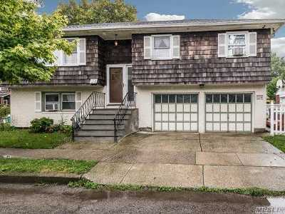 Floral Park Single Family Home For Sale: 136 Atlantic Ave