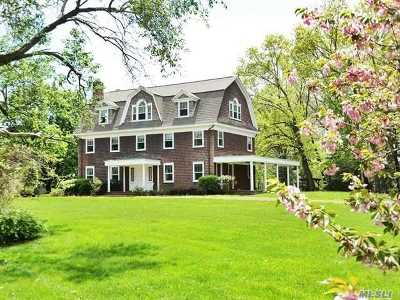 Old Westbury Single Family Home For Sale: 134 Old Westbury Rd