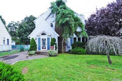 Single Family Home For Sale: 716 Scranton Ave