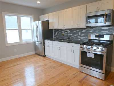 Nassau County Rental For Rent: 60 W Wisconsin St #Front