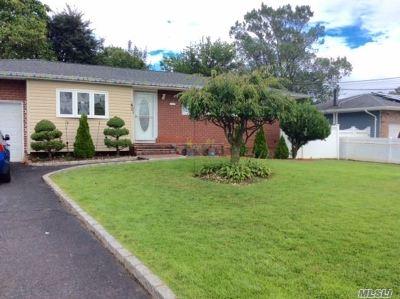 Deer Park Single Family Home For Sale: 191 E 1 St