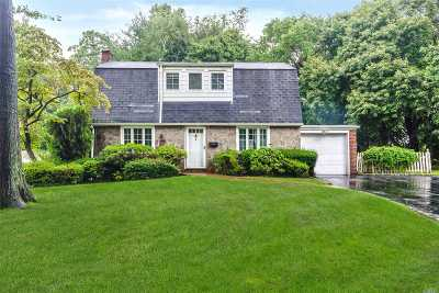 Roslyn Single Family Home For Sale: 145 North Ct