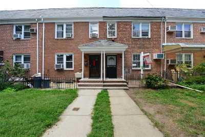 Fresh Meadows Single Family Home For Sale: 75-24 168 Street