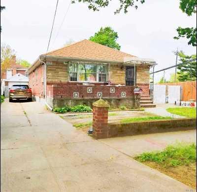 Bayside Single Family Home For Sale: 39-20 204 Street